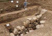 豊臣秀吉最後の城、幻の「京都新城」跡が京都仙洞御所から初出土 石垣や金箔瓦も