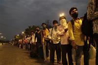 インド感染者が中国抜く 全土封鎖も増加続く