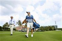 コロナ後初のゴルフ中継 米で慈善大会 「前進」とトランプ氏