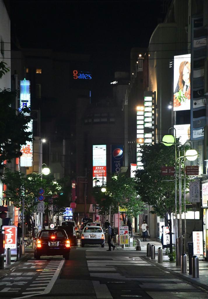 客足がまばらな九州随一の繁華街、中洲