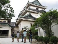 和歌山城天守閣など再開
