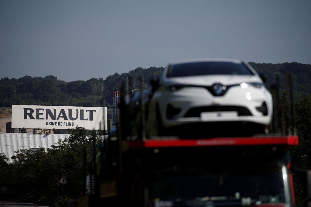 仏、自動車支援へ9千億円超 ルノーのリストラには「足かせ」