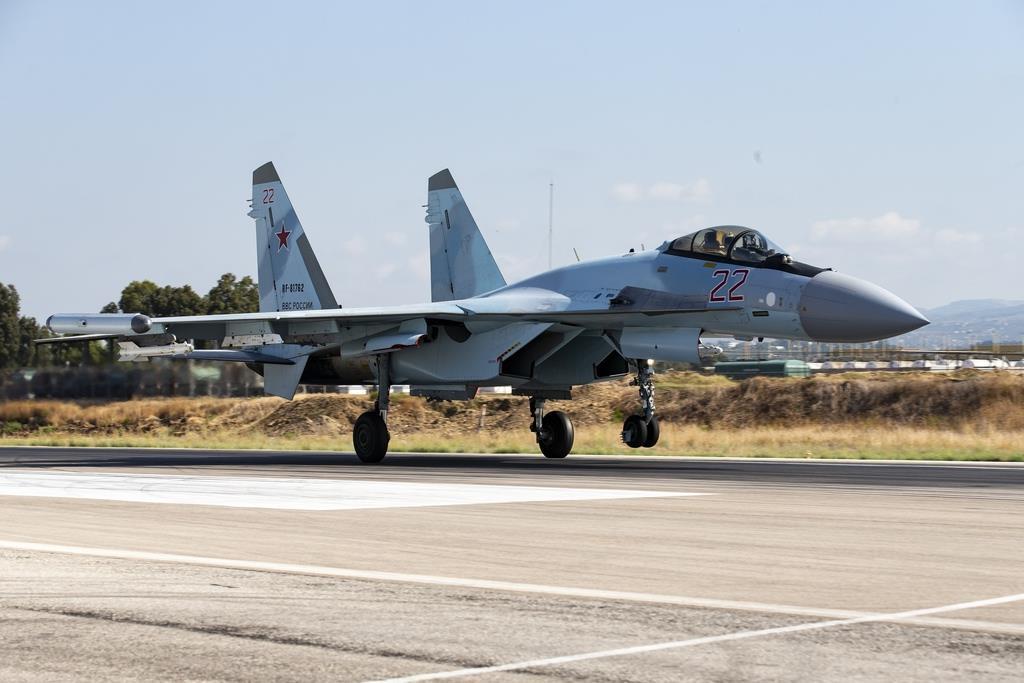ロシア機が異常接近 米軍機挟み飛行、地中海 - 産経ニュース