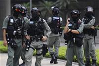 香港で国家安全法採択を前に抗議デモ 360人以上逮捕