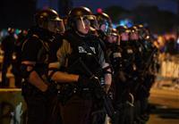 黒人死亡で警察への抗議過激化、州兵出動 米ミネソタ州