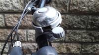 「自転車あおり運転」新たに規定、違反2回で講習 30日に施行