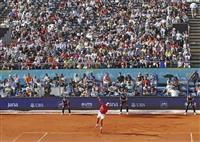 テニス、非公式大会開幕 ジョコらトップ選手参加