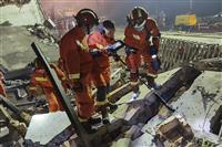 中国でタンクローリー爆発 19人死亡、24人重体 170人超が負傷 衝撃で付近の住宅倒…