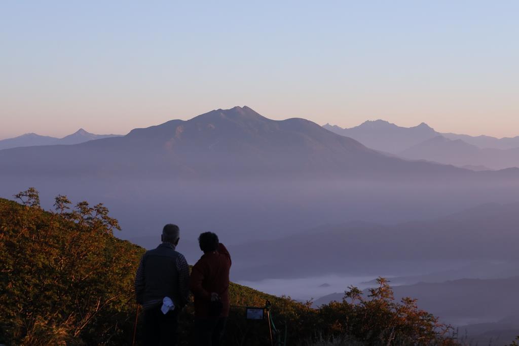 御嶽山7月11日に規制緩和 遺族ら前日に慰霊登山
