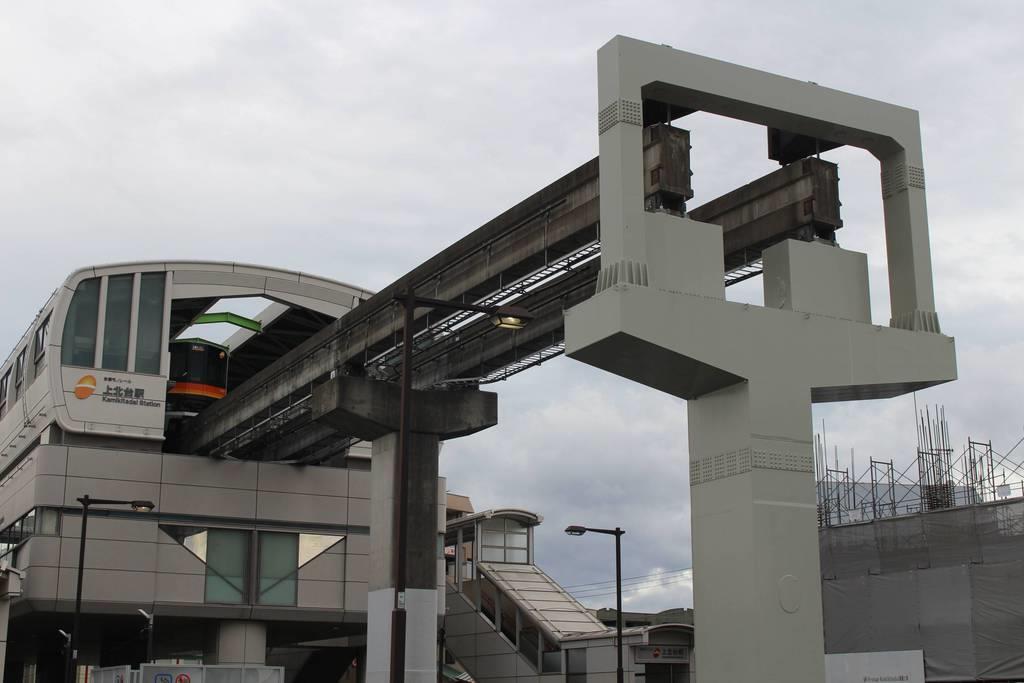 【現場から】多摩地区の交通網整備 依然進まず モノレール延伸決定も「先の話」