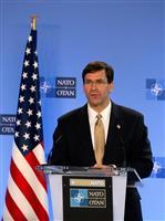 駐留米軍削減を独に伝達、国防相が電話会談