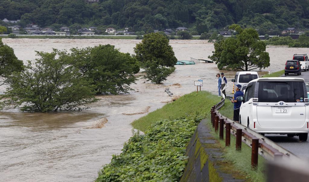 橋梁流失、駅に土砂…熊本の鉄道施設に被害多数 新幹線もストッ…