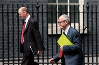英政府 入国者の自己隔離措置を10日から解除 日本も対象
