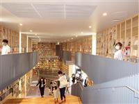 大阪市の子供図書館「こども本の森 中之島」一般利用開始 18000冊の本に子供ら歓喜