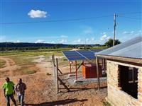 アフリカに太陽光パネルを 商社各社が分散電源事業を強化 11億人居住の非電化地域を開拓