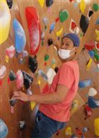 ボルダリングの魅力知って インストラクター斎藤さん、豊岡に体験施設開設
