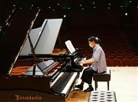 まるでコンサート 最高峰ピアノ独占 神戸文化ホールの企画好評