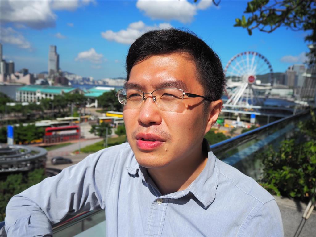 13日、産経新聞の取材に応じた香港の区諾軒・元立法会議員(藤本欣也撮影)