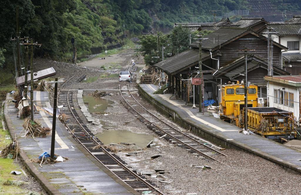 九州豪雨 JR17路線345カ所で被害 3セク含め復旧長期化