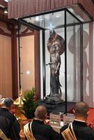 【動画】法隆寺の百済観音がクリアに ガラスケース新調
