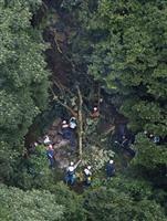 長崎の崖崩れ、死亡女児の姉は救出 渓谷の遊歩道