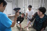 市民参加の「ゾンビ映画」撮影で盛り上がる大阪・門真