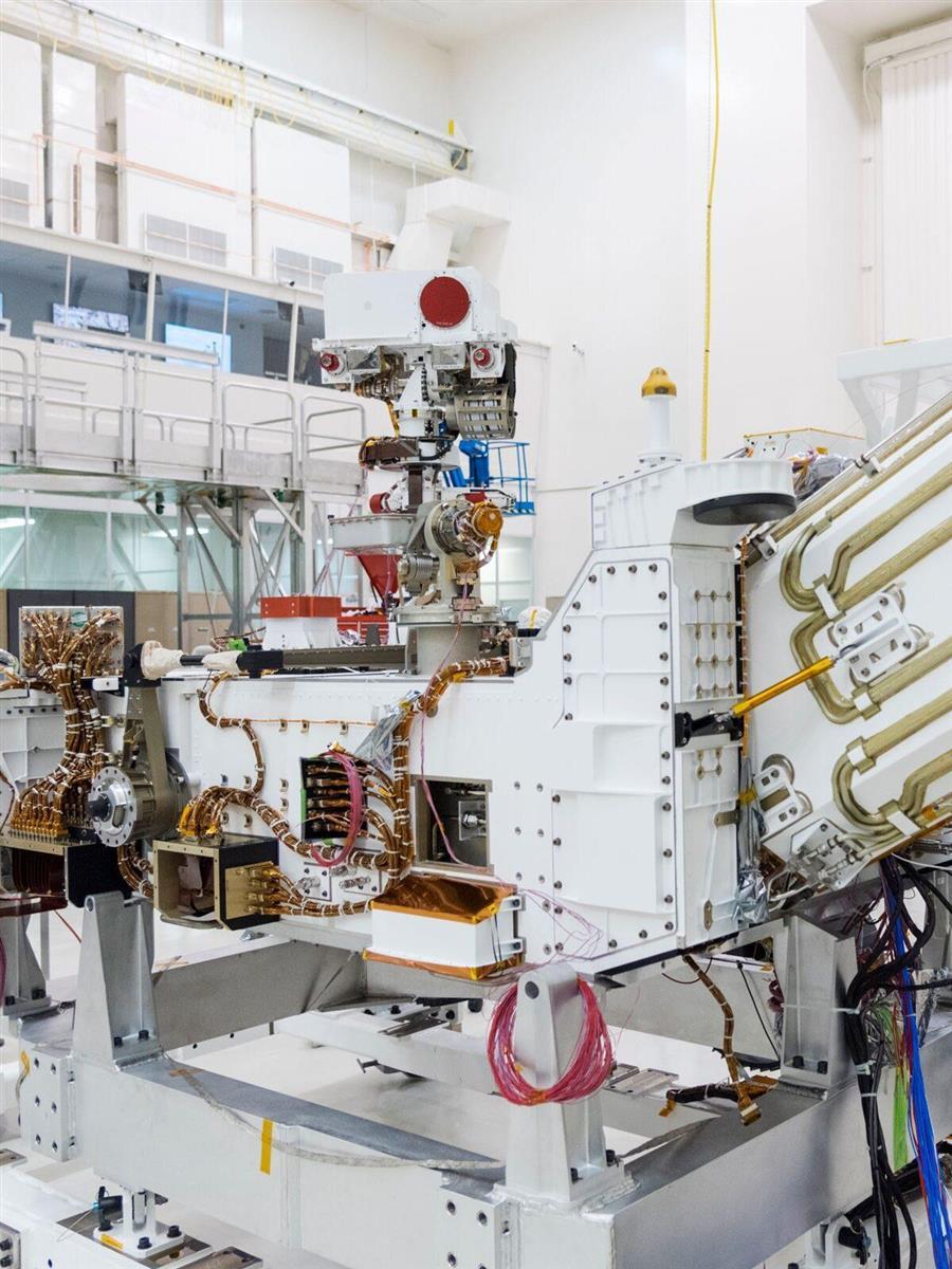 PHOTOGRAPH BY NASA/JPL-CALTECH