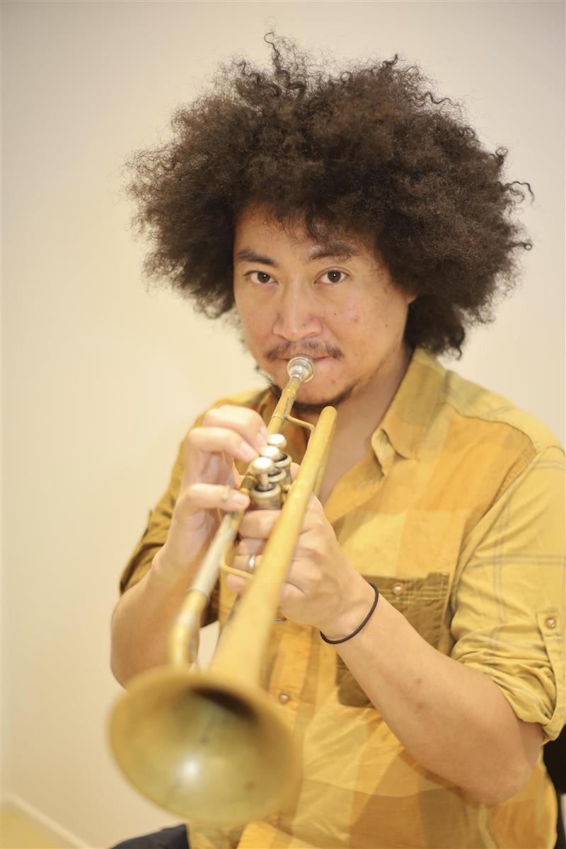 注目のジャズトランペット奏者・黒田卓也 カラー出した新作