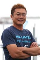 この夏、海水浴客を海から見守る 福島県相馬市の管野功さん(43)