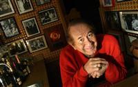 米歌手T・ロペスさん死去、新型コロナ合併症 「天使のハンマー」カバーでヒット