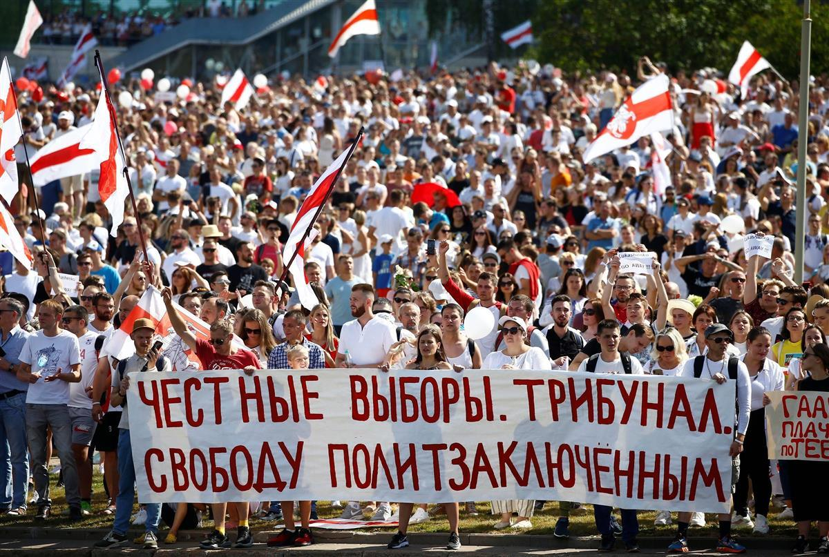 ベラルーシで邦人男性拘束 デモ続く首都ミンスク在住