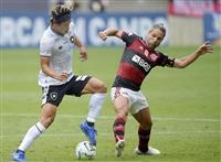 本田は後半途中退く サッカーのブラジル全国選手権