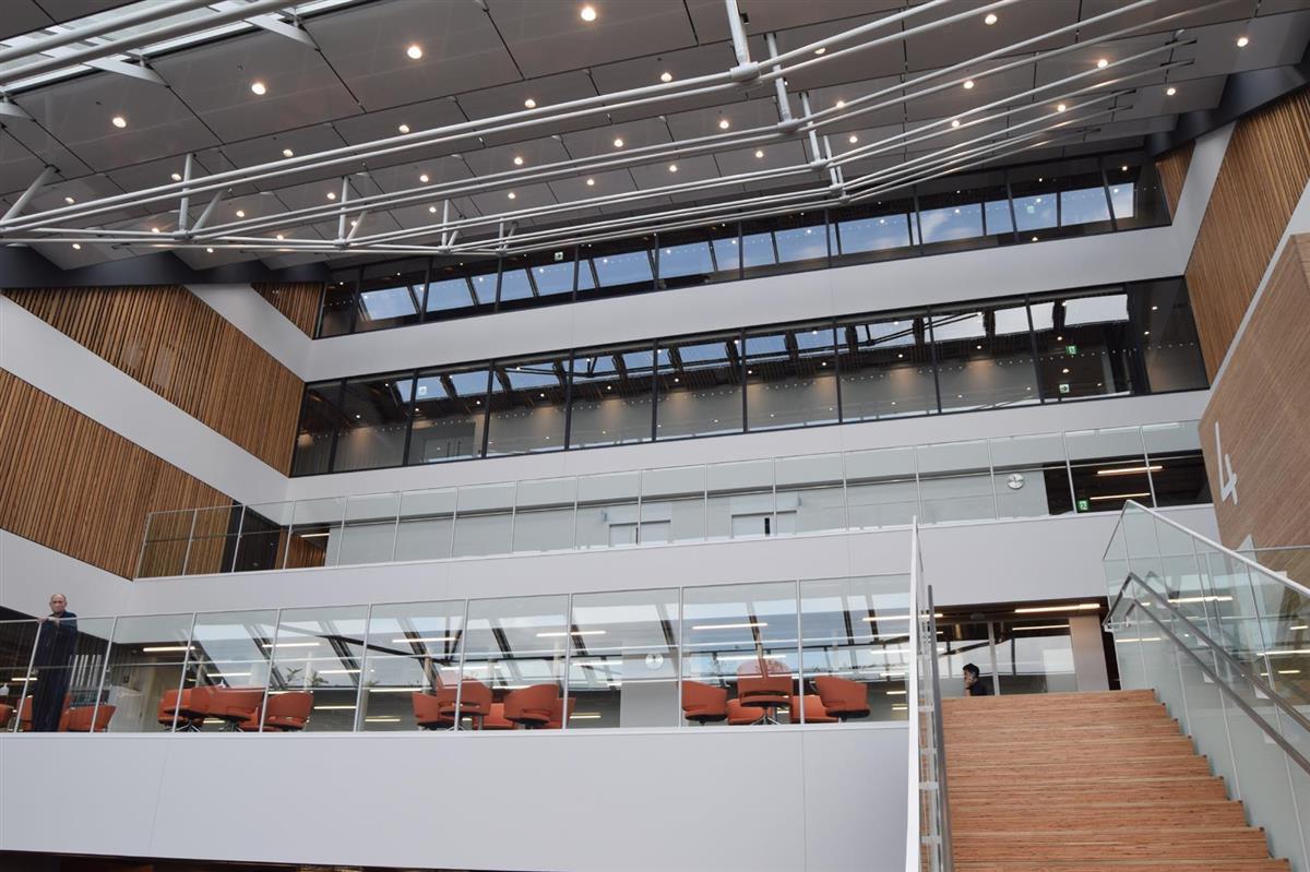市川市新庁舎、4~7階部分を先行開庁 全面オープンは来年1月 - 産経ニュース