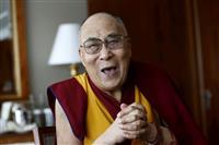 ダライ・ラマ周辺をスパイか 中国人を資金洗浄で拘束 インド当局