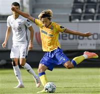鈴木優、PKで今季2点目 サッカー、ベルギー1部