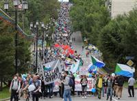 露極東で異例の50日連続デモ ハバロフスク、知事拘束に抗議