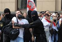 強硬なベラルーシ政権 デモで170人以上拘束 露の後ろ盾背景か