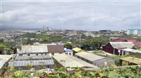 日本の反発受け国後島訪問 島放棄せずと露元大統領