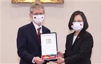 台湾の蔡総統、チェコ議長と会談 「独裁に反抗した共通の歴史」