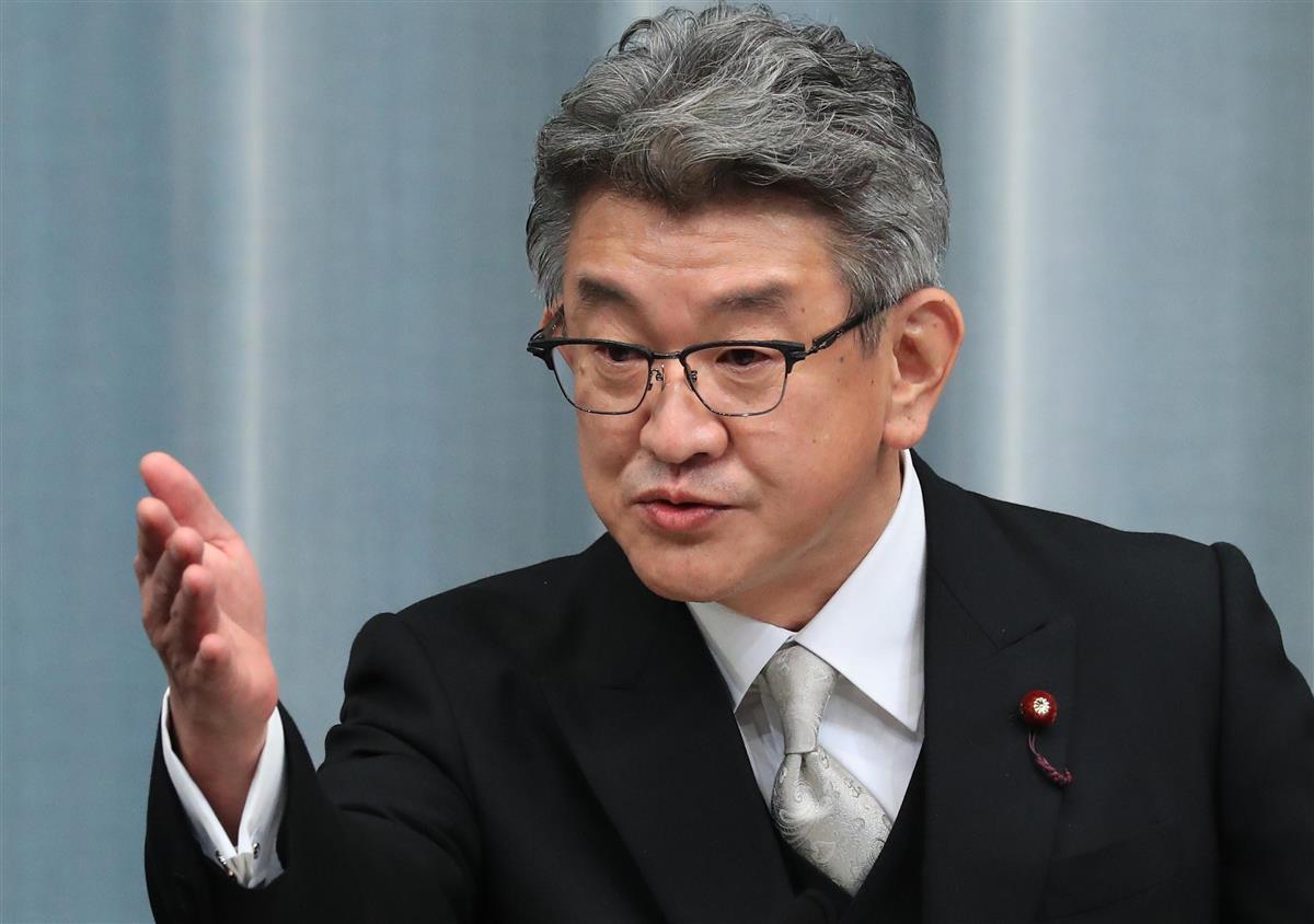 携帯電話料金の見直し「一刻でも早く」 初登庁の武田総務相
