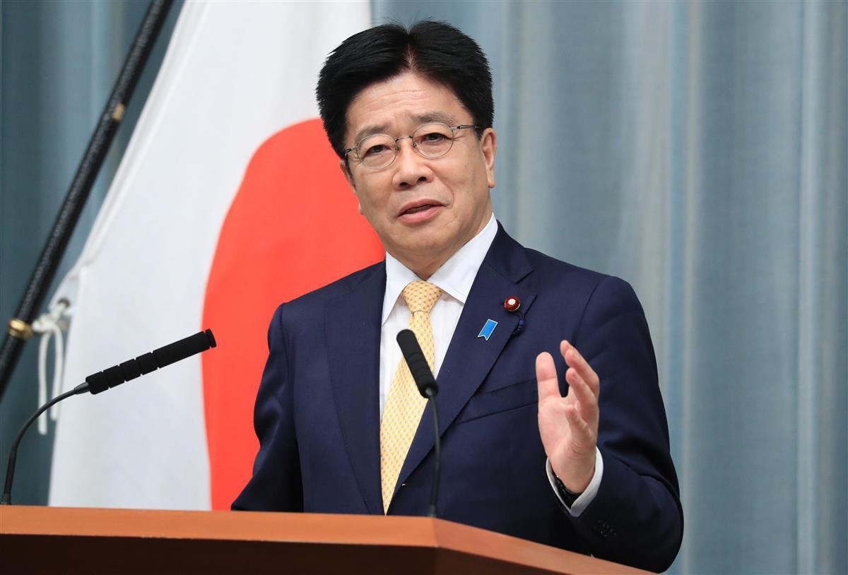 会見「誠実」を前面に 加藤官房長官 菅首相とは対照的?