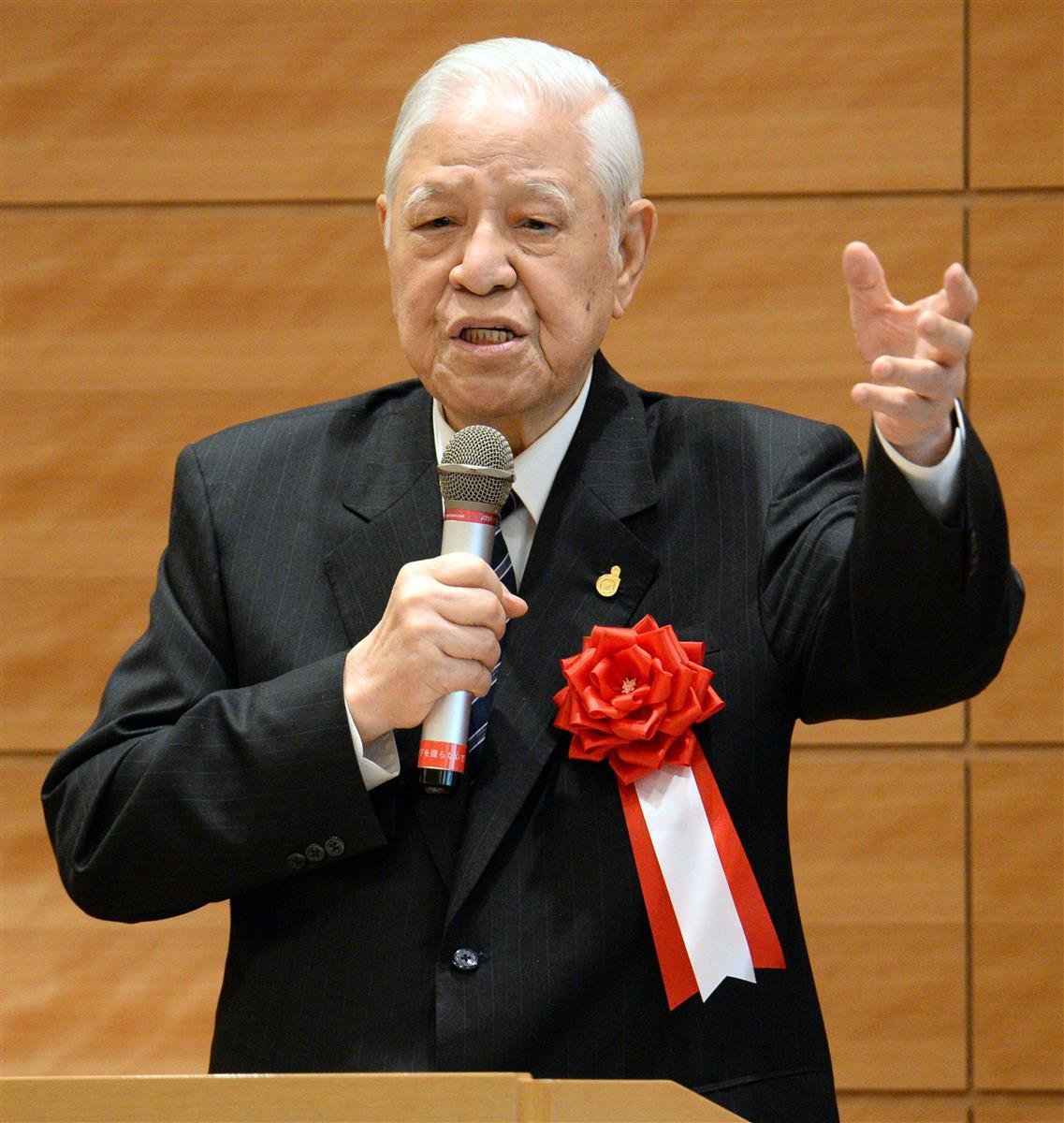 講演する台湾の李登輝元総統=2015年7月22日午後、衆院第1議員会館(酒巻俊介撮影)
