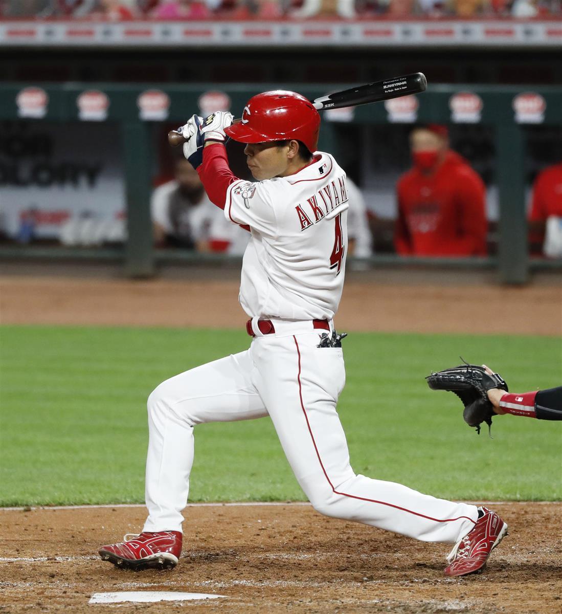 秋山は3打数1安打 ゴロが二塁走者に当たりヒットに