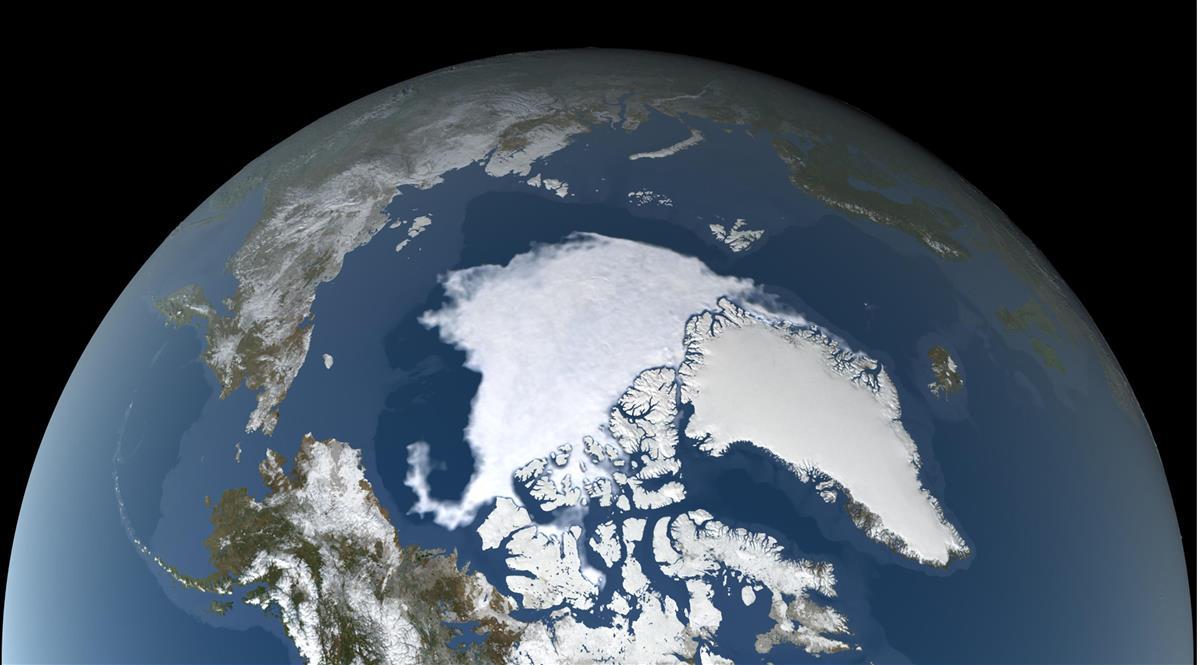 北極の海氷、2番目の小ささ 温暖化影響…平均から4割縮小
