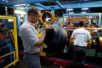 仏政府、ブリヂストン工場閉鎖代方針に替案提示へ