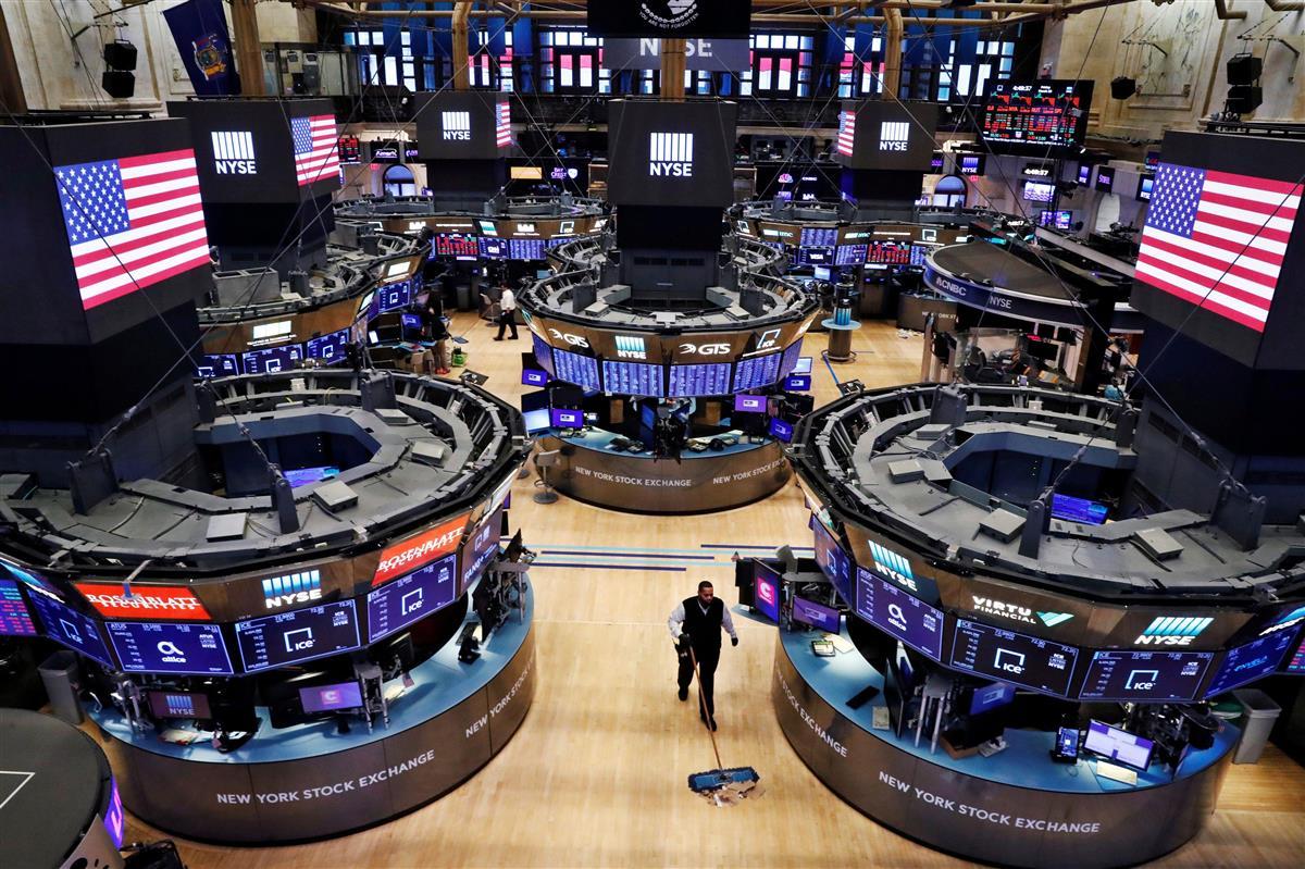 NY株反発、140ドル高 ハイテク株買い戻し