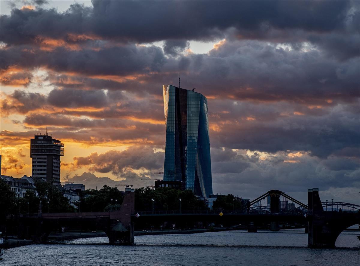 欧州中央銀行が環境債買い入れへ ラガルド総裁の目標達成