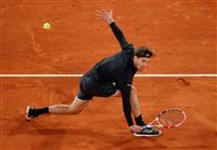 全米覇者ティエムが敗退 ナダルは4強 全仏テニス