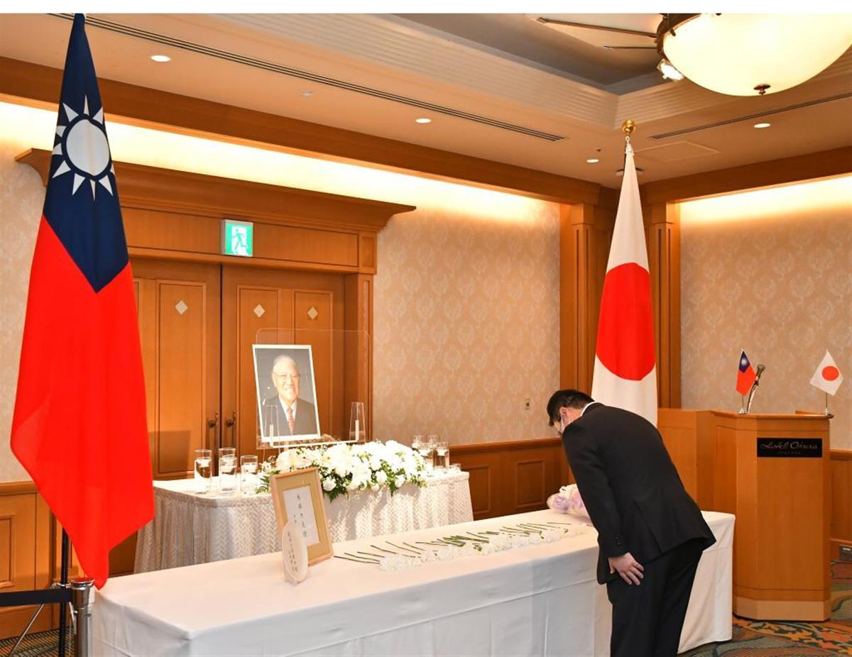 今年7月に亡くなった台湾の李登輝元総統の「偲ぶ会」には九州各地から多くの参列者が集まった=7日午前、福岡市博多区(中村雅和撮影)