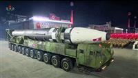 「怪物」ICBM、多弾頭搭載型か 北朝鮮軍事パレード
